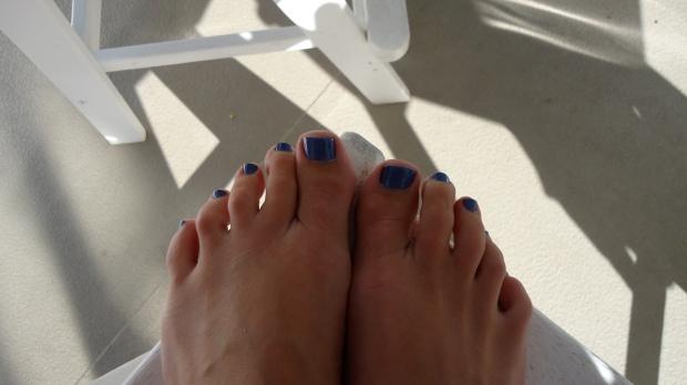 Shimmery Blue Pedi