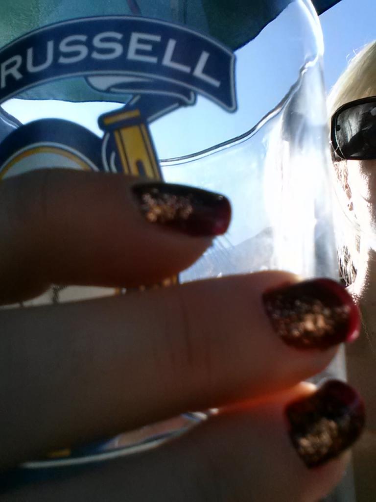 Oktoberfest nails at Doradorest