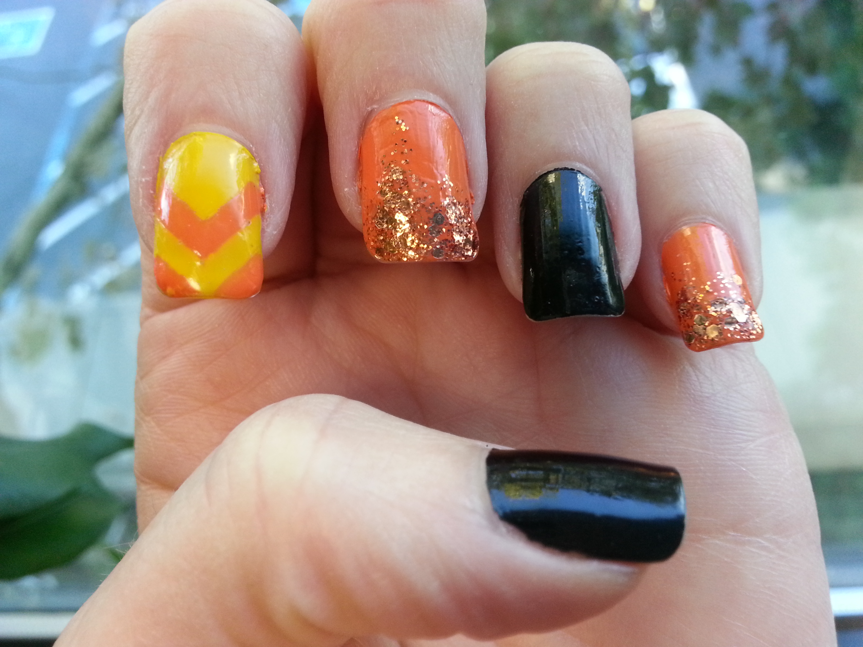 Halloween Mixed Media Mani