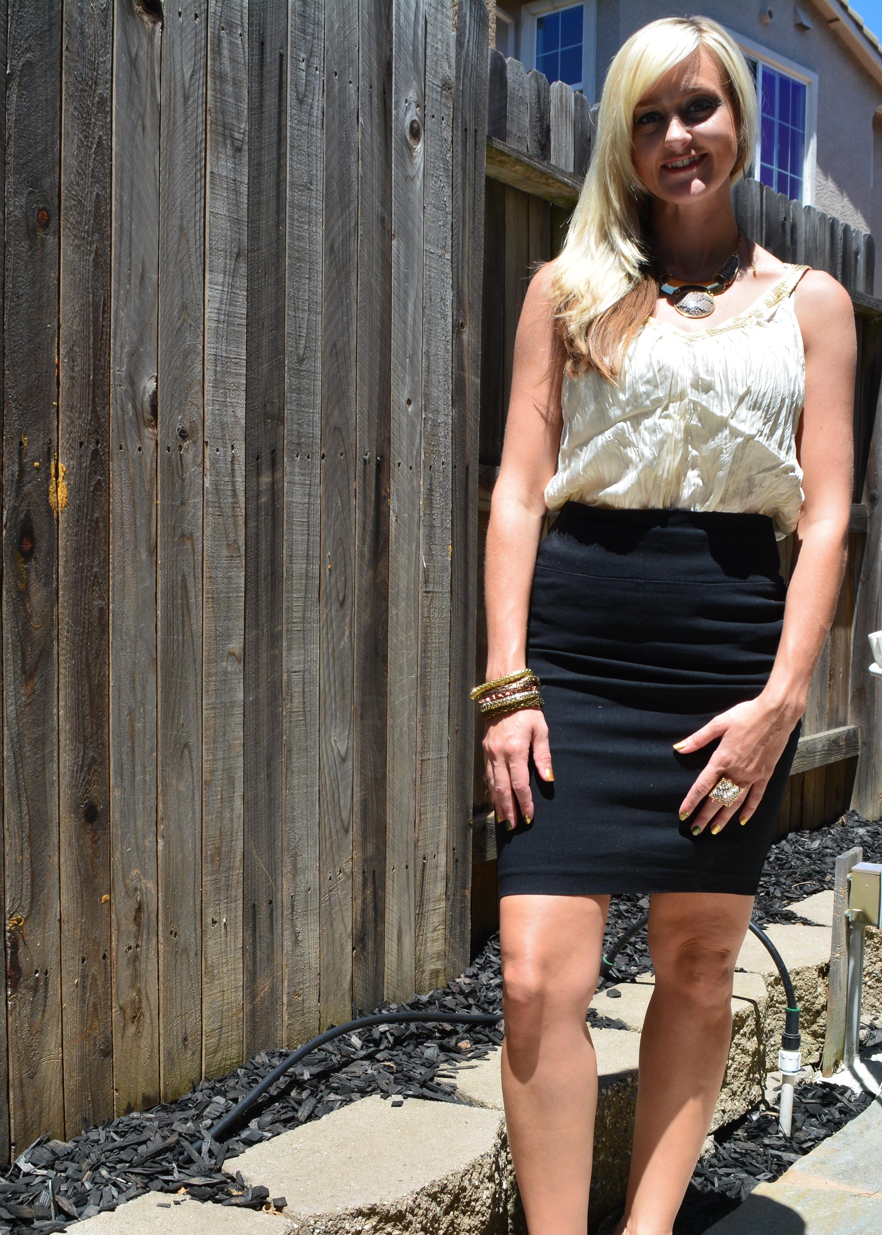 Sheer Blouse + Pencil Skirt = #workinggirlwardrobe