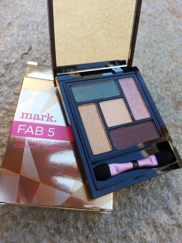mark. Fab 5 Eye Pallet $10