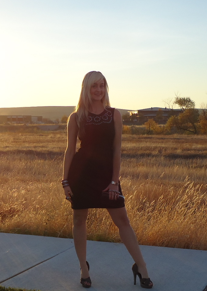 What To Wear To Thanksgiving, Glammed Up!