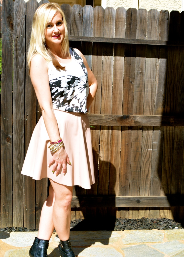Wearing mark. Butterfly Bliss Tank, Get In The Swing Skirt, Bold Move Booties and Might Pretty Bracelet