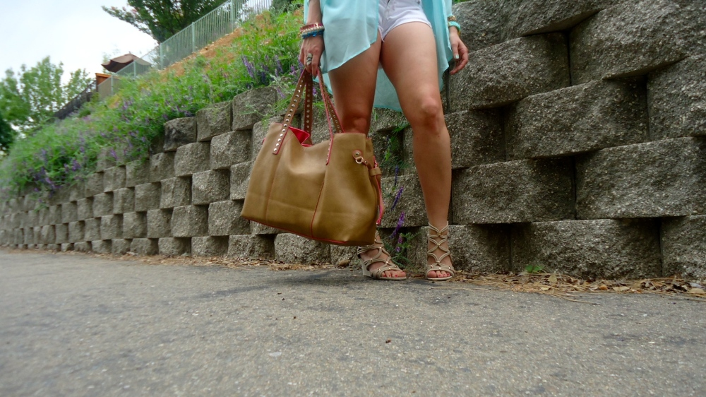 mark. Strappy Pretty Demi Wedges and Get Packing Tote