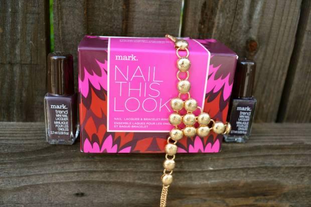 mark. Nail This Look Set