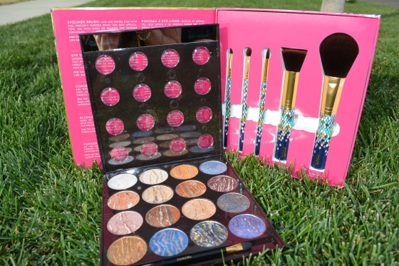 mark. Eye Dream of Glam and Gimme A Look Brush Kit