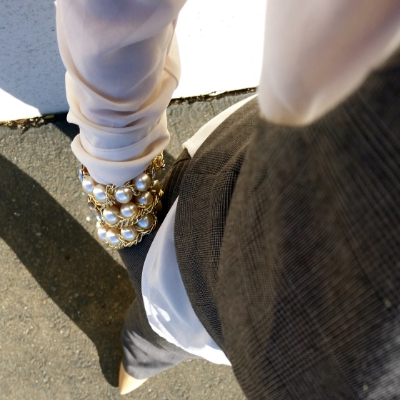 Oversized Pearl Bracelets