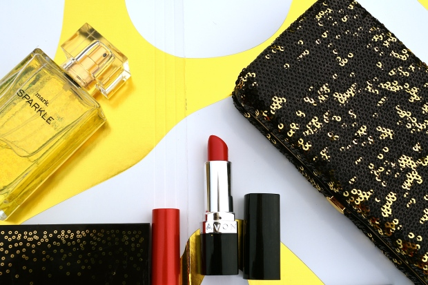 Red Lips with Avon Matte Ruby