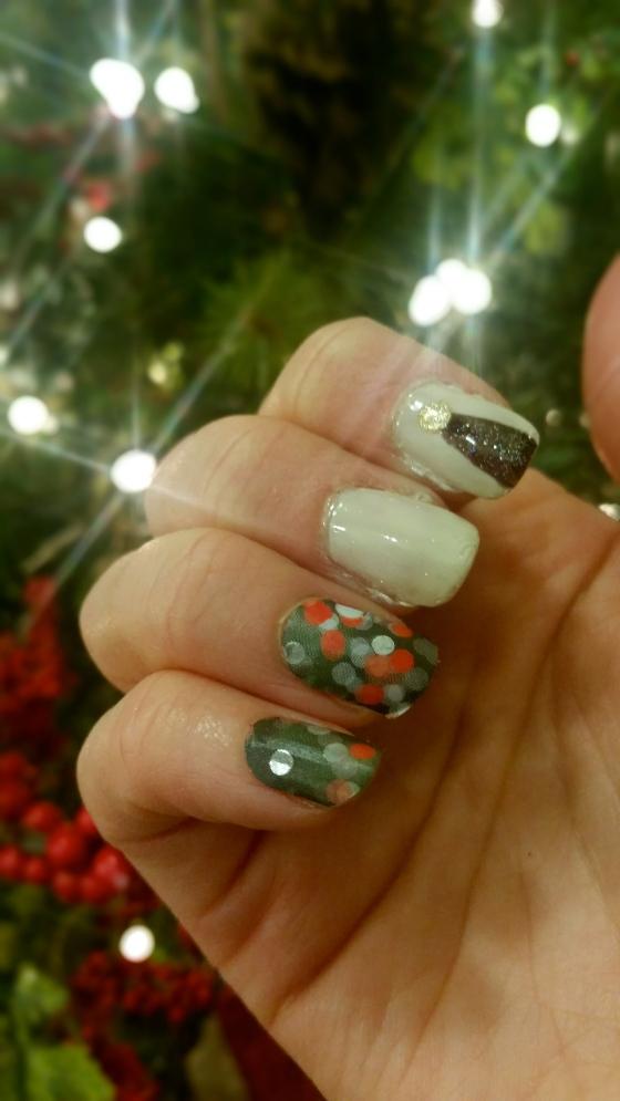 Christmas Nail Twinkles