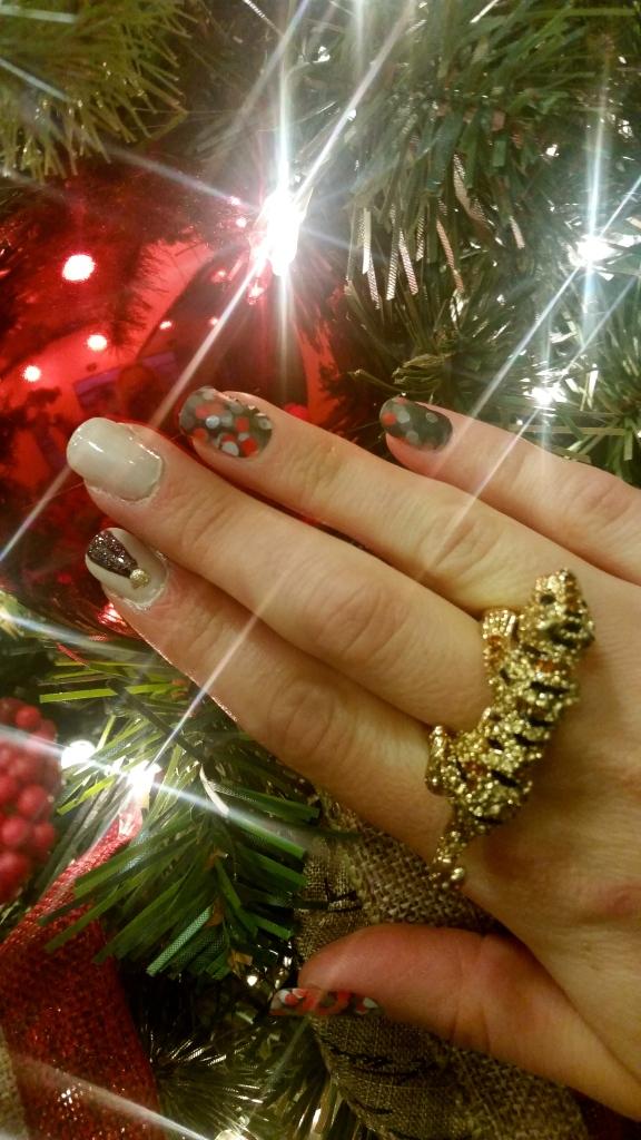 Christmas Eve Mani