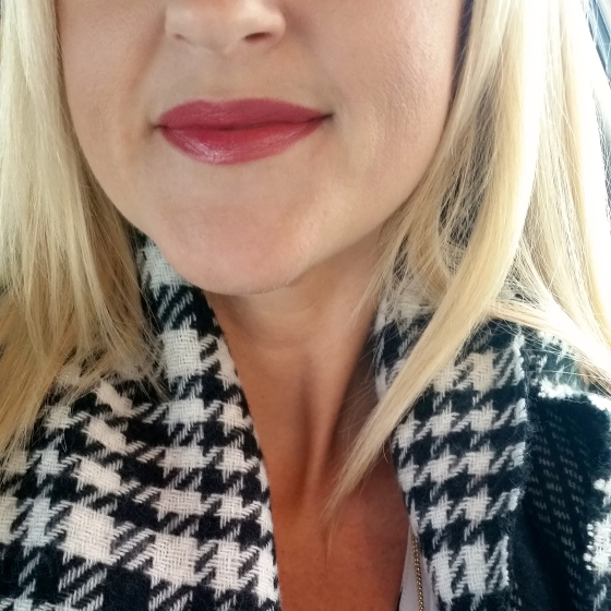 Lip Of The Week: Avon Beyond Color Lipstick in Uptown Pink