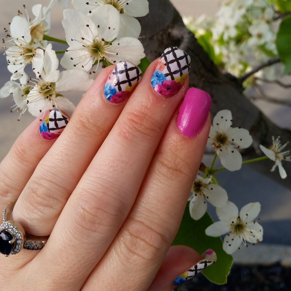 Avon Nailwear Pro In Orchid Splash for an accent!