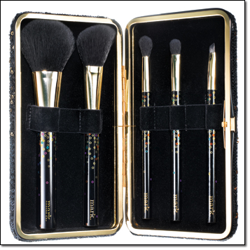 mark. Clutch Situation Brush Set