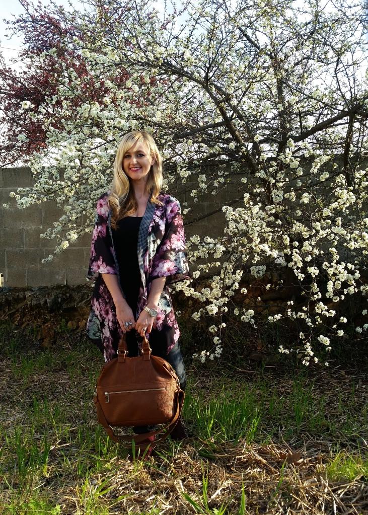 mark. Go With The Floral Kimono