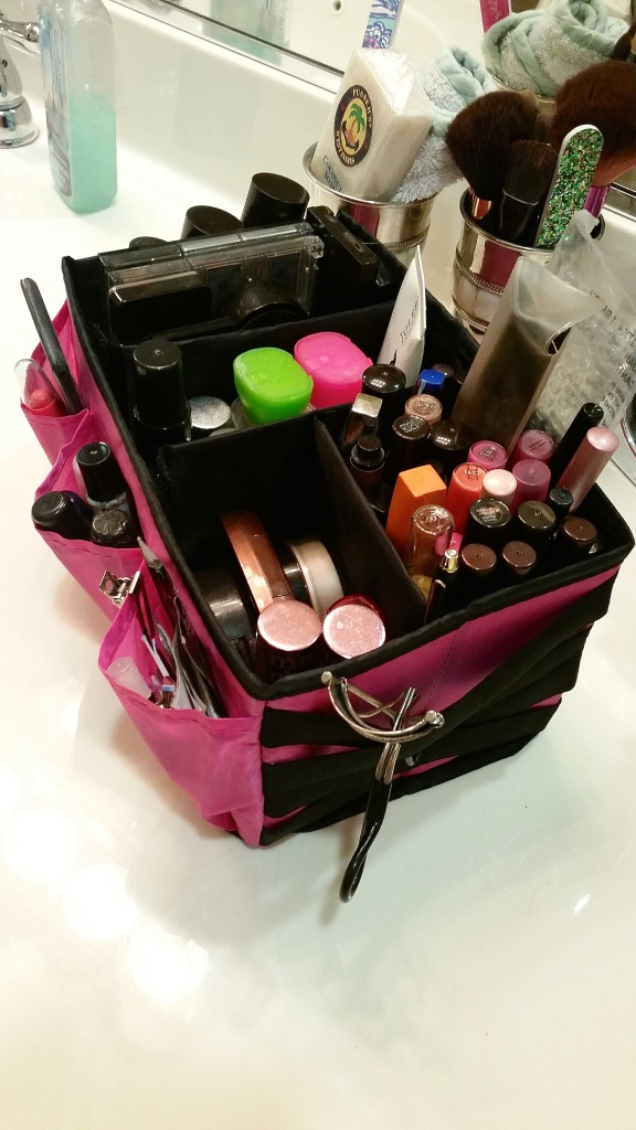 Avon Beauty Caddy $9.99 now $6.99!