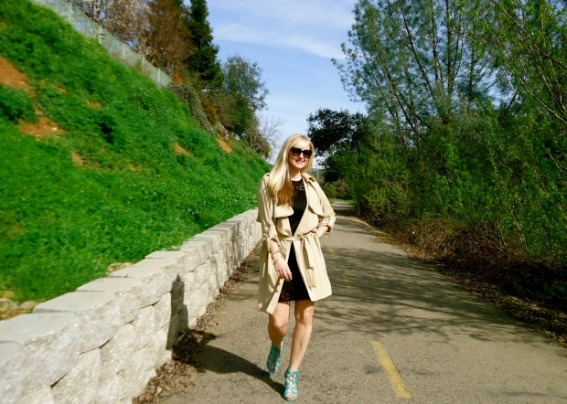 Wearing mark. Soft Touch Trench with Avon Lace Up Fashion Sandal