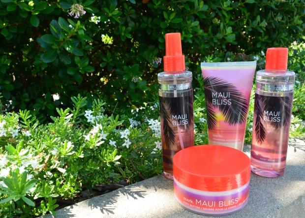 WORD OF ALICIA REVIEW: MARK. INSTANT VACATION MAUI BLISS LIMITED EDITION BEAUTY COLLECTION