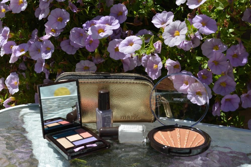 Makeup Monday:  mark. Maui Bliss Color Collection