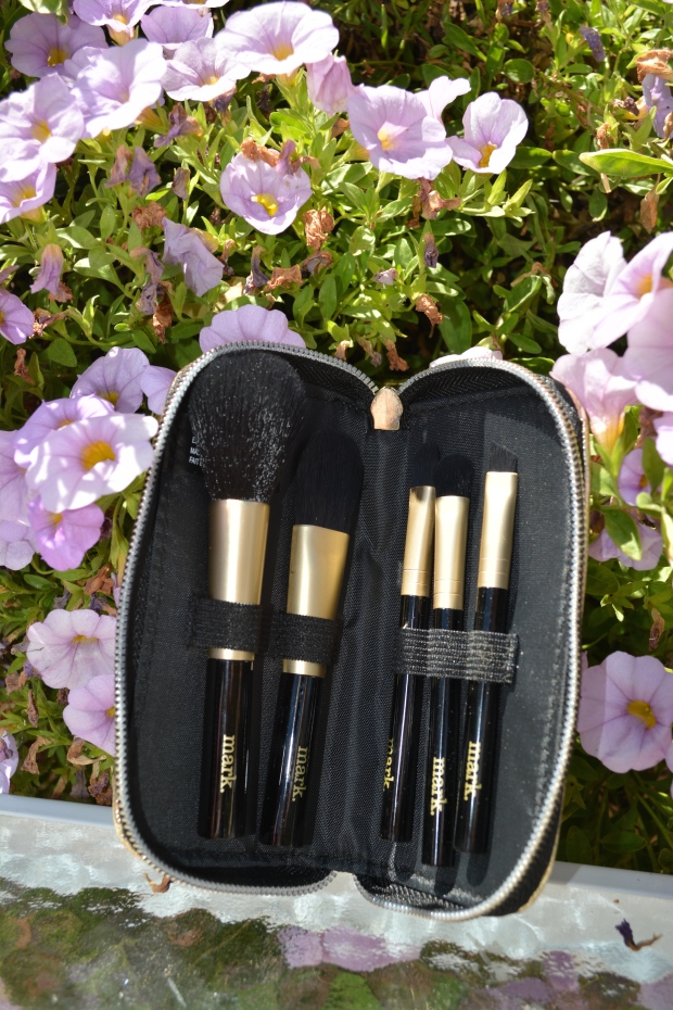 mark. Take Five 5-Piece Brush Set