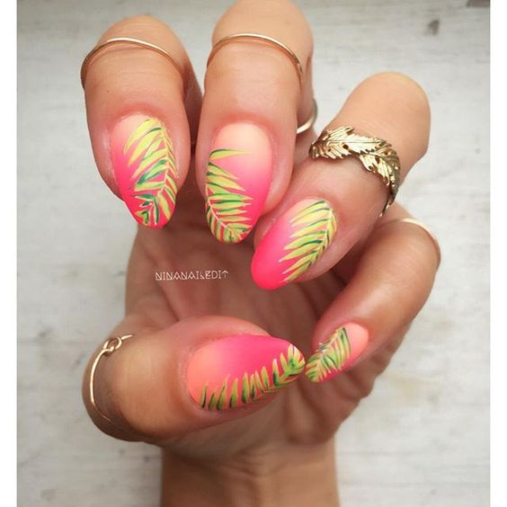 Tropical Mani's