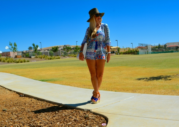 Week O'Nautical Take On A Romper and Beach Hat