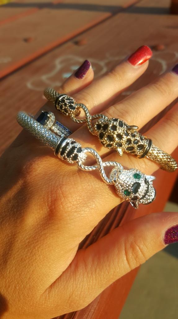 Avon Fancy Animals Stretch Bracelet in Cheetah and Leopard