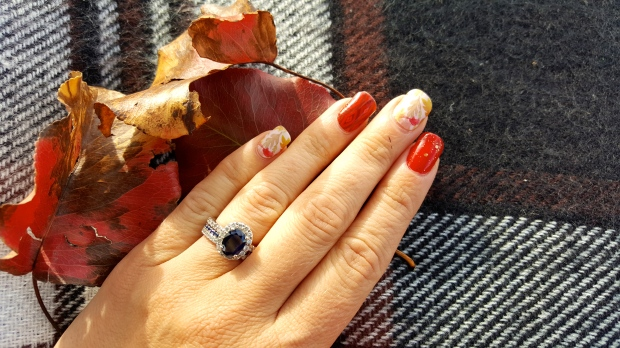 Perfect Fall Mani for Oktoberfest
