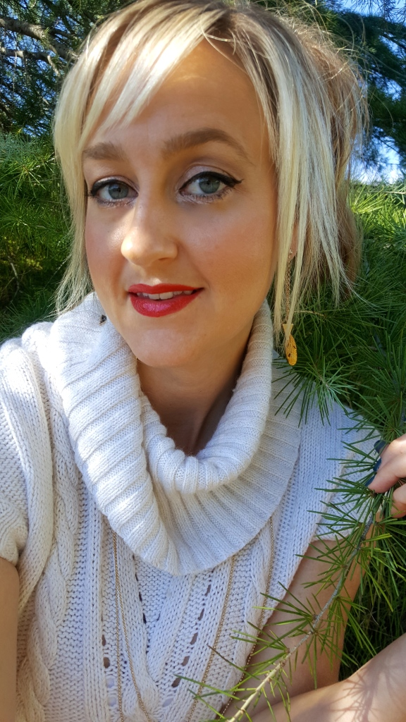 Perfect Holiday Makeup Red Lip and Neutral Eyes
