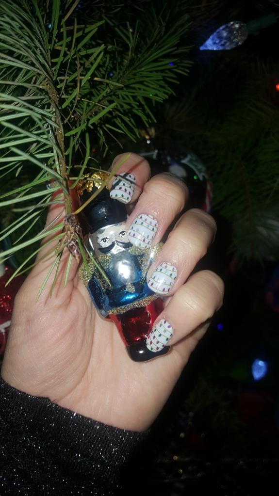 Christmas Lights Mani