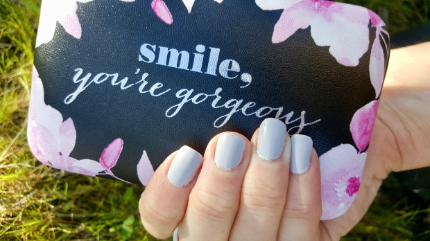 Light Grey Mani For Spring