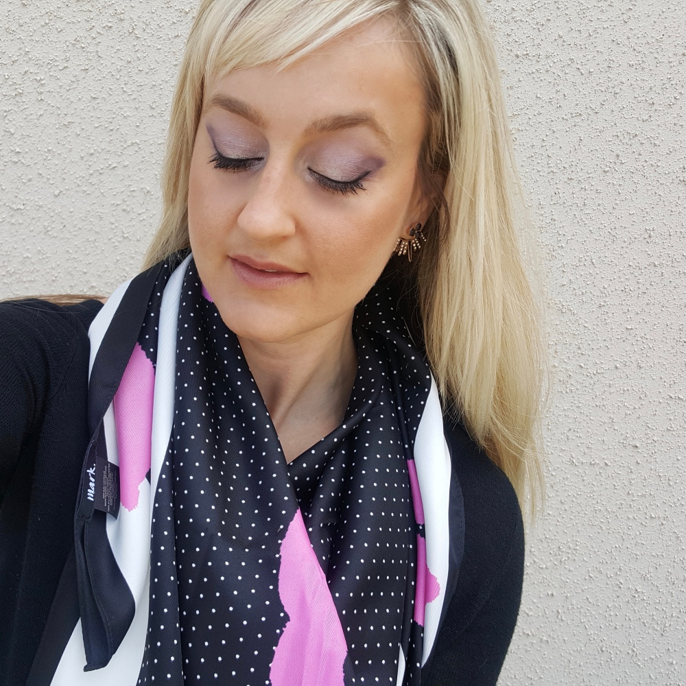 Recreating the look with sweeps of wine and lavender