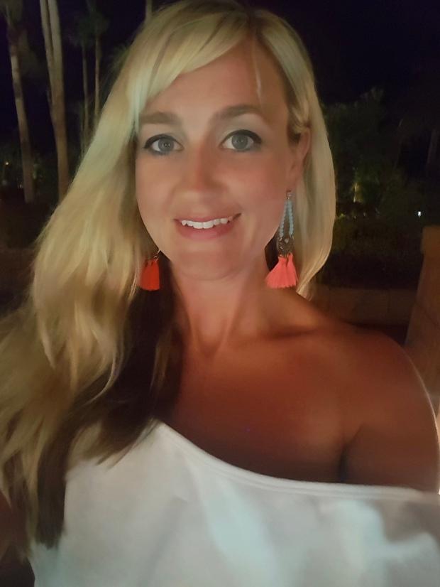 Warm Summer Nights Selfie in the mark. Havana Sol Collection