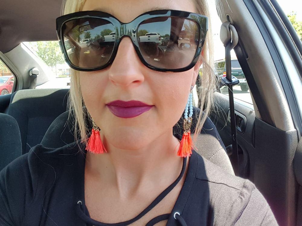 Wearing Lip Paint i Fancy