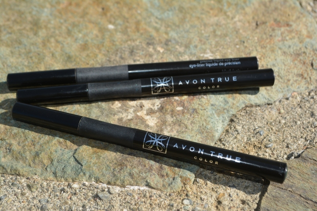 Word On Avon True Color SuperExtend Precise Liquid Pen