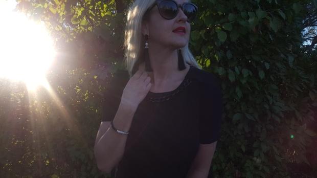 Avon Modern Pearlesque Tassel Earrings