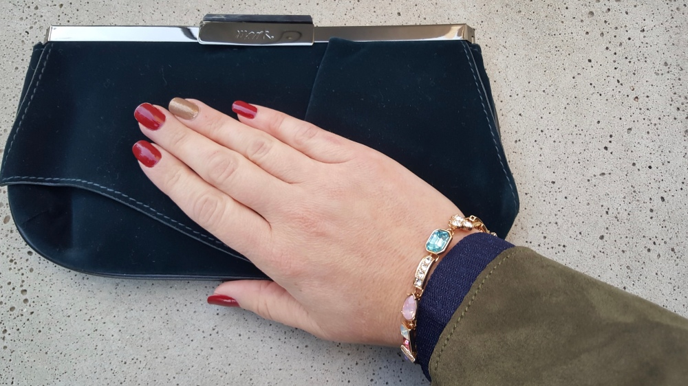 Perfect Pairing With The Stylish Sparkle Bracelet