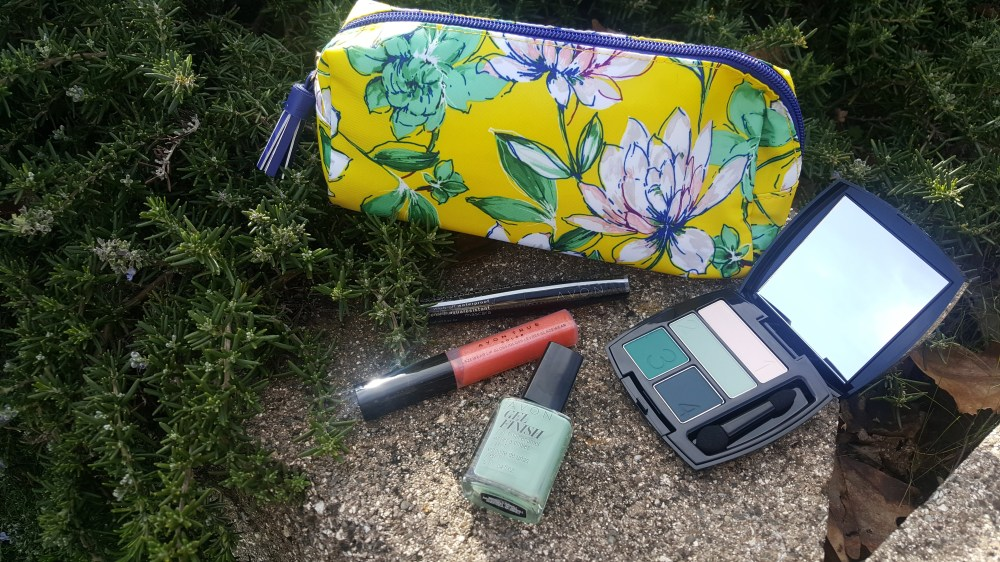 Modern Southern Belle Beauty For $20