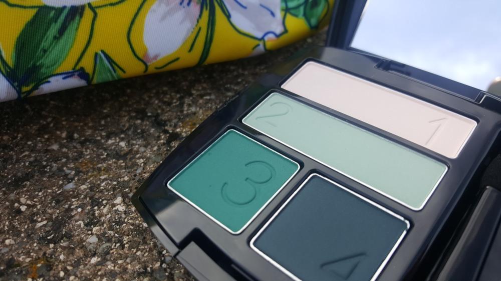 Avon Matte Eyeshadow Quad in On The Vine