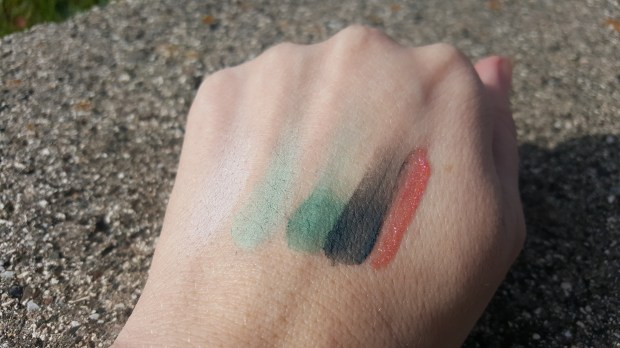 Swatches:  On The Vine Quad from L to R shade 1, 2, 3, and 4 with Citrus Shine Glazewear
