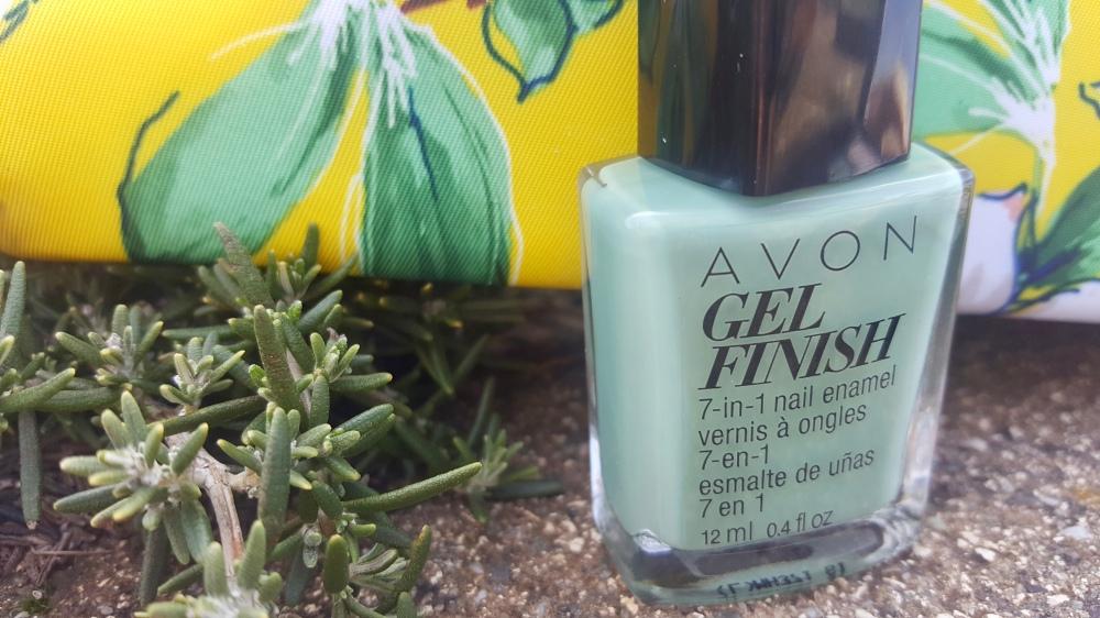 Avon Gel Finish Polish in Clover